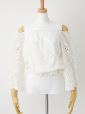 総刺繍コットンオフショルブラウス ホワイト