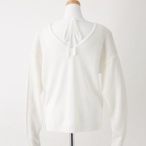 綿タッチ天竺編みバックリボン付きVネックプルオーバー アイボリー
